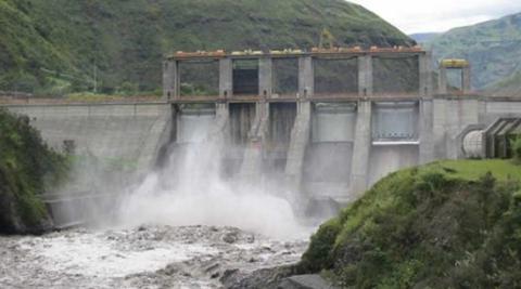 Trabajadores-denuncian-a-Hidroelectrica-boliviana-