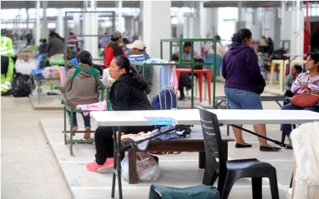 Reversion-de-puestos-en--el-Mercado-Urkupina