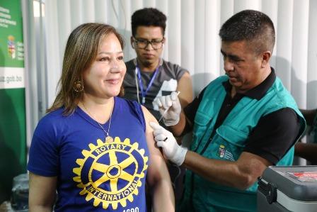 Refuerzan-vacunacion-contra-la-influenza-en-los-barrios