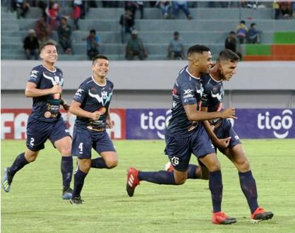 Le-quitan-tres-puntos-a-Sport-Boys-y-San-Jose