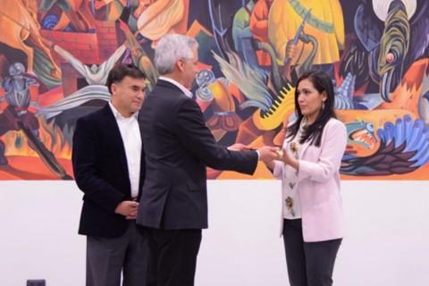 Adriana-Salvatierra,-primera-presidenta-joven-y-de-nacionalidad-boliviana-chilena