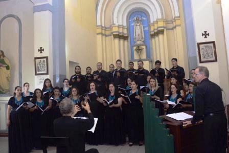 El-Coro-Arakaendar-homenajea-a-la-Virgen-de-Guadalupe