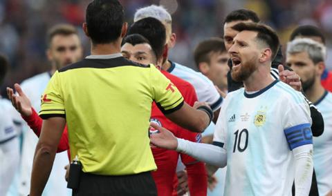 Messi-se-disculpa-para-evitar-una-sancion-de-la-Conmebol