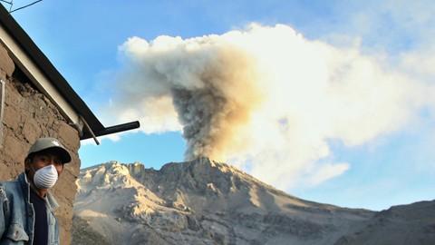 Los-volcanes-que-no-dejan-dormir-a-America-Latina