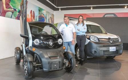 Vehiculo-electrico-recorre-el-pais