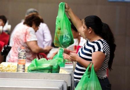 Aconsejan-consumo-responsable-de-bolsas