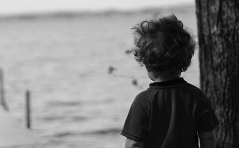 Nino-de-4-anos-salio-a-jugar-y-aparecio-ahorcado-en-un-puente