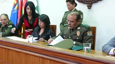 Defensoria-del-Pueblo-y-la-Unipol-firman-convenio-interinstitucional