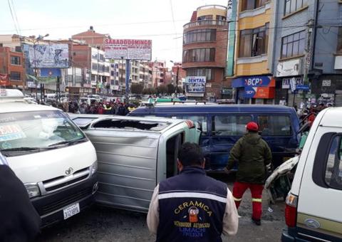 Chofer-ebrio-ocasiona-accidente-de-transito