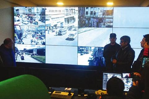 Chavez:-BOL-110-servira-para-medir-la-efectividad-de-los-policias