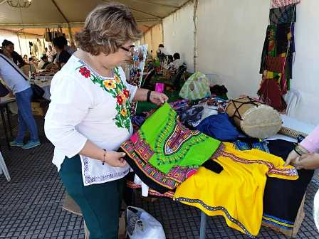 Feria-por-el-dia-del-artesano-cruceno