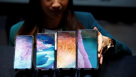 Estos-son-los-mejores-telefonos-inteligentes-de-2019