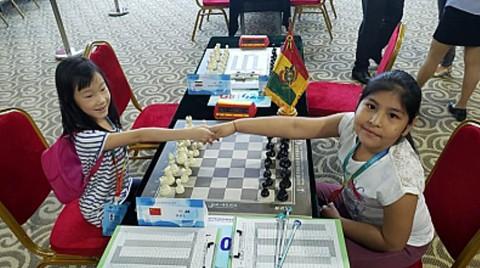 Mollo-logra-su-primera-victoria-en-el-Mundial-de-Ajedrez