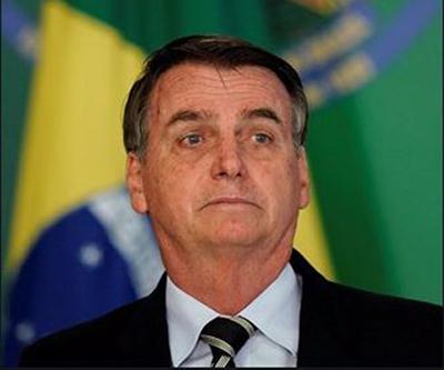 Bolsonaro-agradece-apoyo-para-combatir-el-incendio-en-la-selva-amazonica