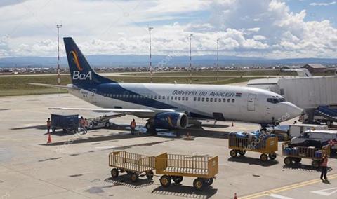 Avion-de-BoA-sufre-nuevo-percance-al-aterrizar-en-El-Alto