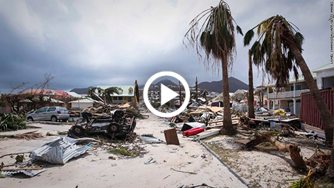 Huracan-Dorian-destruye-casas,-autos-y-arboles-en-su-potente-paso-por-Bahamas