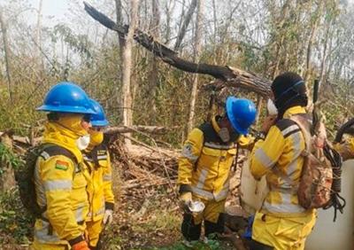Bomberos-voluntarios-encontraron-una-fabrica-de-droga-al-sofocar-incendio