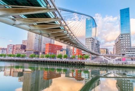 Bilbao,-ciudad-cosmopolita-y-turistica
