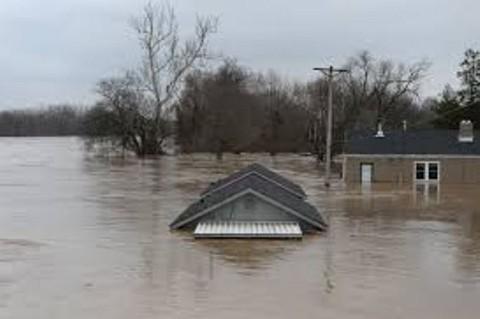 Texas-queda-bajo-el-agua-tras-tormenta-Imelda