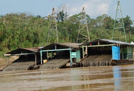 Amazonia:-atacada-por-la-fiebre-del-oro