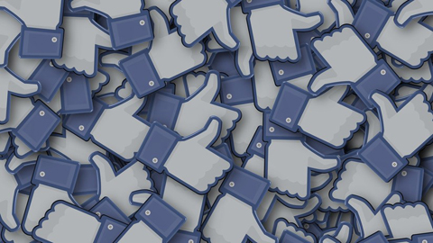 Facebook-baraja-ocultar-los--me-gusta-