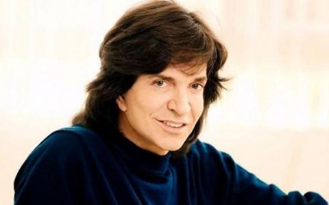 Muere-el-cantante-Camilo-Sesto-a-los-72-anos-