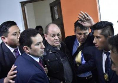 Fiscalia-ordena-la-aprehension-de-Carlos-Romero,-tras-acogerse-al-silencio