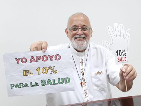 Padre Mateo celebra el 10% del presupuesto para la salud