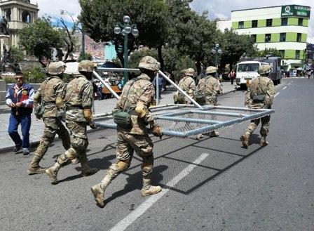 Ciudades capitales, Policía y FFAA  montarán guardia