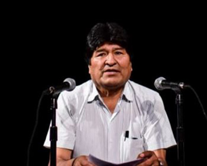 Evo Morales vuelve a inaugurar una obra por teléfono