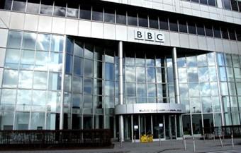 BBC-recorta-puestos-en-su-division-de-noticias-para-ahorrar-millones-de-euros