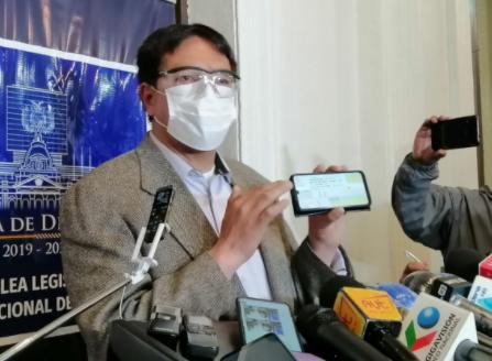 Opositor le dice a Camacho 'padrino' del tercer senador del MAS en Potosí
