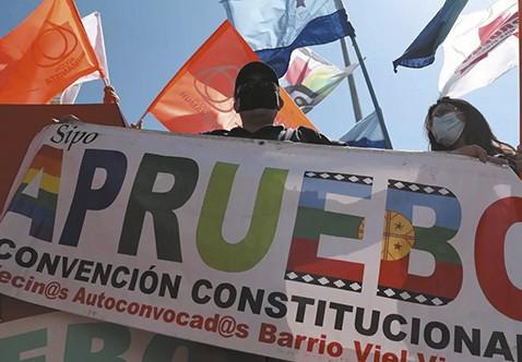 Chile-decide-si-reforma-su-Constitucion-Politica