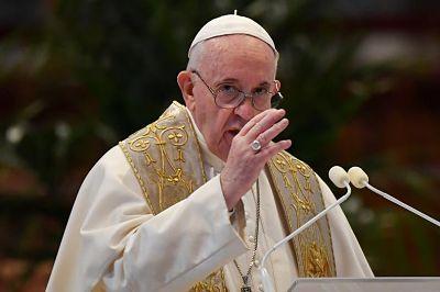 Papa Francisco pide a los jóvenes no caer en 'una fiebre consumista' tras crisis del coronavirus