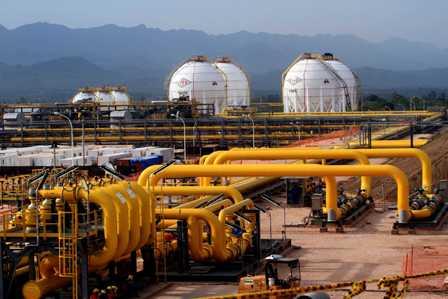 Hidrocarburos, plantean una nueva Ley