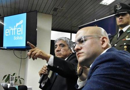 Instruyen proceso contra Elio Montes, confirman que exgerente de Entel se encuentra fuera del país
