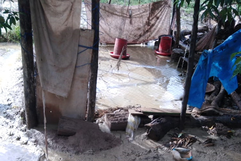 Lluvias dejan sin hogar a 30 familias en Luribay