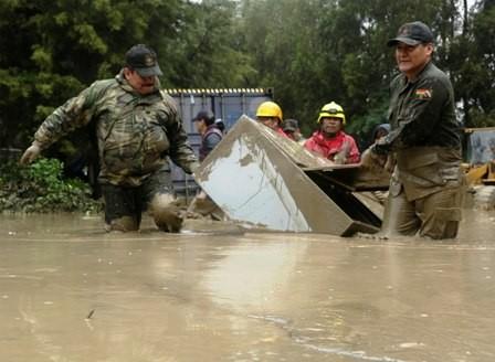 Desastres-en-el-pais,-17-fallecidos-y-10-mil-afectados