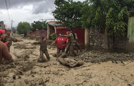 Anuncian 'minigabinete' ministerial para analizar emergencias por desastres naturales
