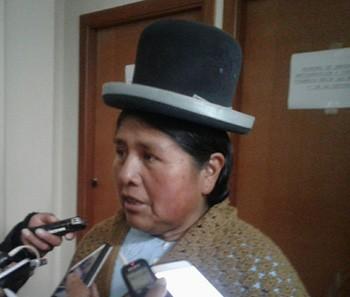 Felipa-Huanca-intento-tramitar-su-pasaporte;-Quispe-pide-aprehenderla-para-que-no-salga-del-pais