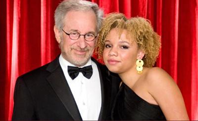 Arrestan-a-Mikaela,-la-hija-de-Steven-Spielberg
