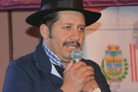 Esteban-Urquizu-renuncio-al-cargo-de-Gobernador-de-Chuquisaca