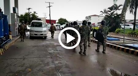 Militarizan-surtidores-de-Yapacani-para-evitar-aglomeraciones-y-contagio-del-Covid-19