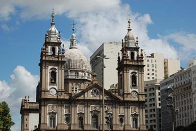 Bolsonaro-decreta-que-actividades-religiosas-son--servicios-esenciales--y-no-seran-restringidas-