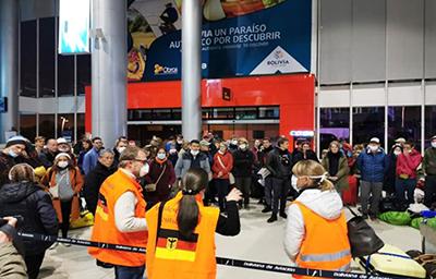 877 ciudadanos europeos y de otros países fueron evacuados de Bolivia