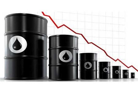 El-petroleo-abre-con-un-desplome-del-5,67-%-golpeado-por-la-baja-demanda