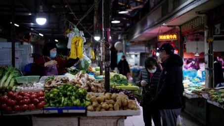 Reabren-mercados-en-China;-siguen-vendiendo-murcielagos-y-otros-animales-vivos