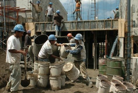 Constructores-alertan-crisis-del-sector-y-cierre-de-empresas