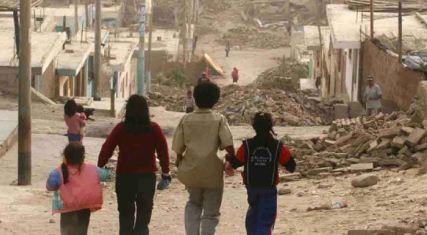 Alcaldia-dara-canastas-de-alimentos-a-8-mil-familias-pacenas-de-bajos-recursos