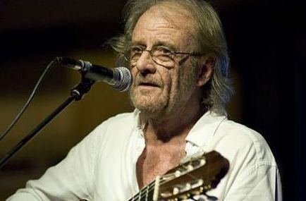 Fallece-el-cantautor-espanol-Luis-Eduardo-Aute-